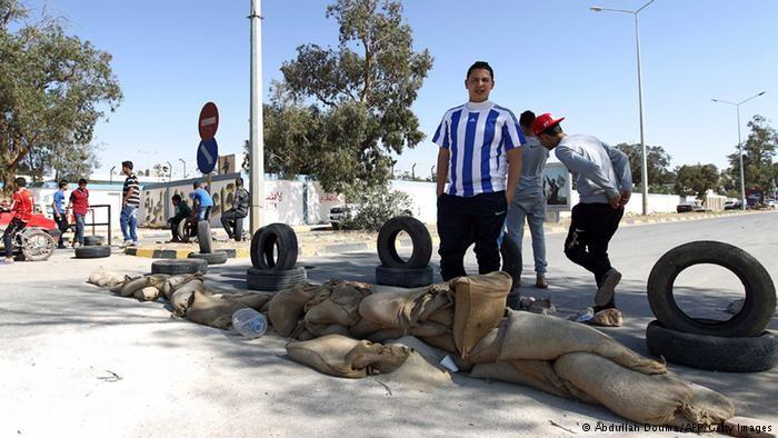 هل تبخر حلم الليبيين بدولة ديمقراطية؟
