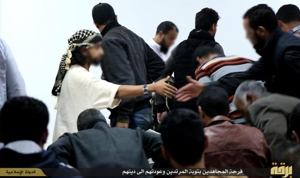داعش يُعلن «استتابة» شرطيين وعسكريين في ليبيا