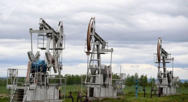 """خبراء يحذرون من عدم التوافق بين""""أوبك +"""" وتأثيره على أسعار النفط"""