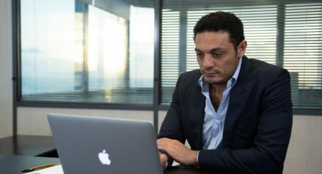 صحيفة: المقاول المصري محمد علي يواجه خطر الترحيل والقضاء الإسباني يمهله 45 يوما